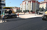 Yeni köprünün bağlantı yolları asfaltlanıyor