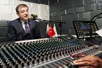 Radyo Neşe'de Sezonun İlk Konuğu Rektör Ayrancı Oldu