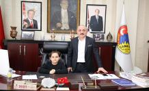 Çankırı Belediye Başkanı Esen, koltuğunu Ali Fuat Şahin'e devretti!