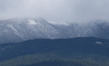 Ilgaz'ın yüksek kesimlerine kar yağdı