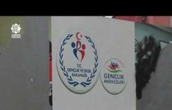 Erdoğan ve milli sporcuların fotoğraflarını da yırttılar!