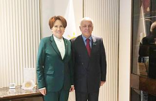 İYİ Parti'nin Adayı Raif Oktay, 72 yaşında...