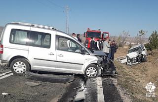 Çankırı'da feci kazada 3 kişi yaşamını...