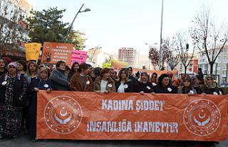 Çankırı'da 'Kadına Şiddet İnsanlığa İhanettir'...