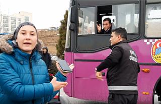 Üniversite Öğrencilerinden Otobüs İsyanı! Şoförle...