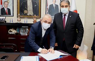 """Başkan Esen """"Sosyal Denge Sözleşmesi'ni İmzaladı"""