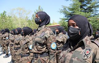 Somalili kadın polisler Çankırı'da özel harekât...