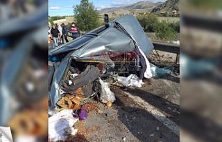 Çankırı'da meydan gelen trafik kazasında 2 kişi...