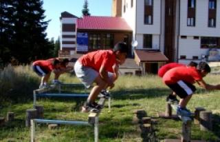 Alp Disiplini Çocuk Kayak Milli Takım Kampı Sona...