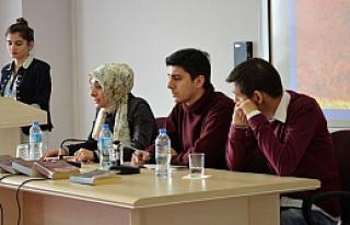 Cemil Meriç Öğrenci Paneli