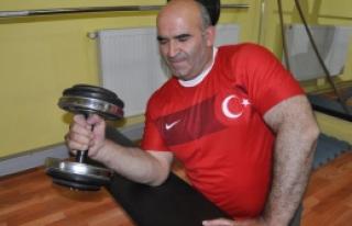 Demirbilek Şaban Dünya Şampiyonasına Gidiyor