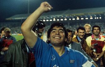 Efsane futbolcu Maradona hayatını kaybetti!