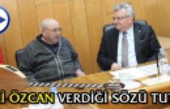 Vali Özcan dan Zeki Babadağa elektro saz