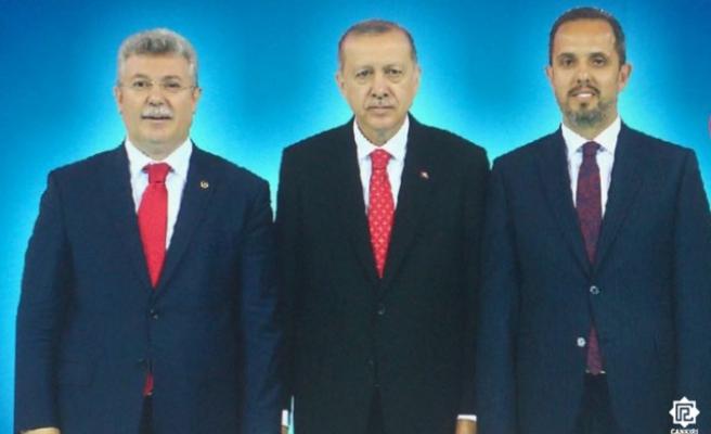 AK Parti Adayları Akbaşoğlu ve Çivitcioğlu Ramazan Bayramı mesajı