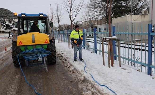 Çankırı'da karla mücadele hız kesmeden devam ediyor!