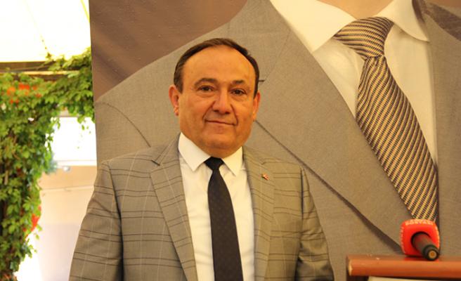 Necati Akdoğan güven tazeledi, yeniden başkan seçildi!