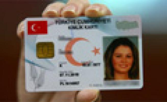 İşte yeni kimlik kartları!
