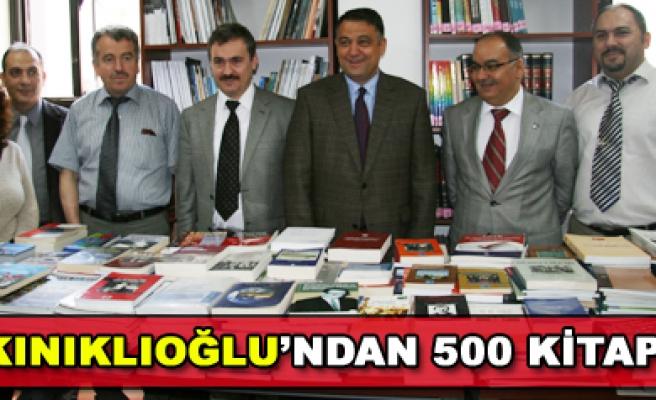 SUAT KINIKLIOĞLUNDAN 500 KİTAP