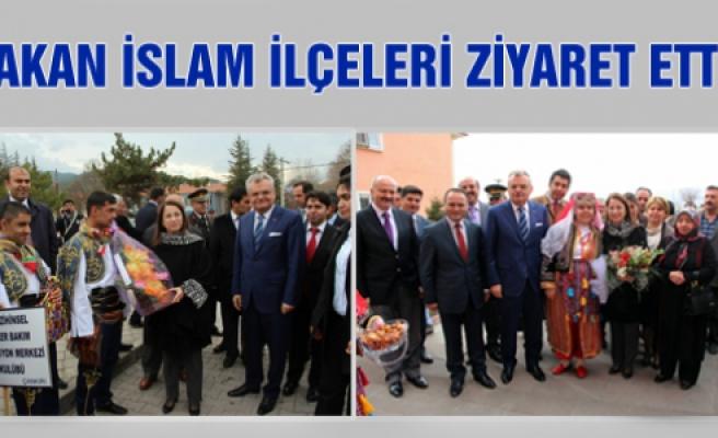 Bakan Ayşenur İslam İlçeleri Ziyaret Etti