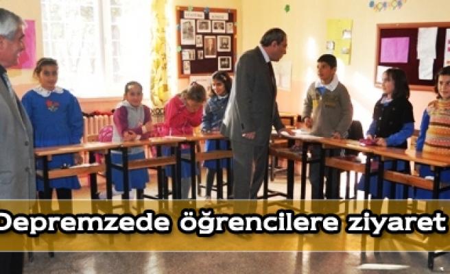 Petekten depremzede öğrencillere ziyaret