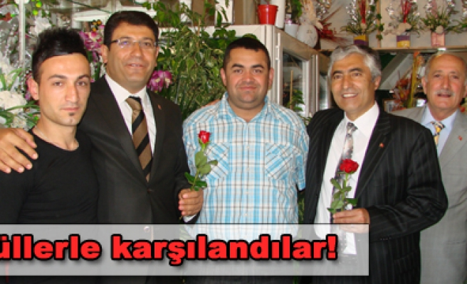 Ak Parti Milletvekili adayları esnaf ziyaretlerine devam ediyor