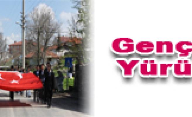 Gençlik Haftası Yürüyüşü Yapıldı