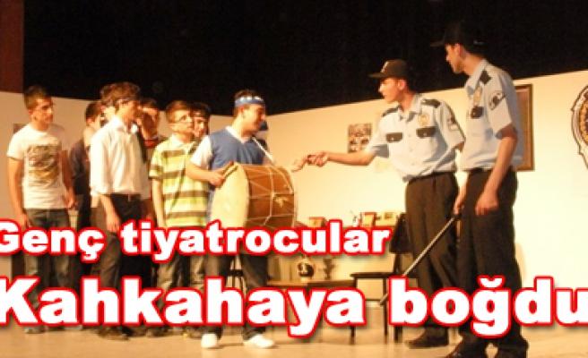 Medyatik Polis Rüstem Çankırı da sahnelendi