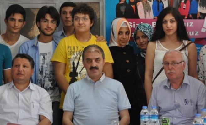 Ücretsiz Dershanede 121 Öğrenci Üniversiteye Yerleşti
