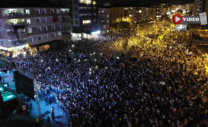 Çankırı'da 30 Ağustos Zafer Konserine binlerce kişi akın etti!