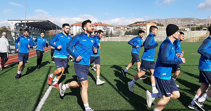Kurşunlu Belediyespor takımı yeni sezonun ilk antrenmanını yaptı