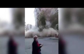 İzmir depreminde binanın yıkılma anı!